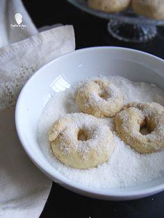ROSQUILLAS DE ANIS AL HORNO - Cogollos de Agua Snack Recipes, Snacks, Small Cake, Churros, Flan, Doughnut, Donuts, Food And Drink, Sweets