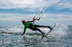 Kitesurfing in Grado Pineta - @kitejoy_magazine on Instagram Kitesurfing, Boarders, Belgium, Mount Everest, Magazine, Mountains, Travel, Instagram, Viajes