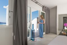 Romance unravels in one of the best honeymoon suites in Santorini belonging to Andronis Honeymoon Suites, where your love is no ordinary love. Honeymoon Suite, Best Honeymoon, Santorini, Calm, Curtains, Home Decor, Blinds, Decoration Home, Room Decor