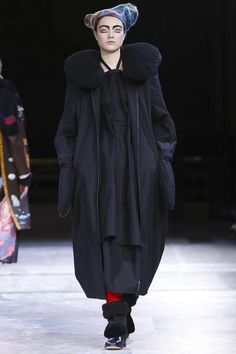 Yohji Yamamoto Ready To Wear Fall Winter 2014 Paris