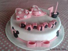 Bolo de aniversário da Daniela - Minnie