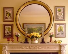 decorating with pictures Minimalist Home Interior, Home Interior Design, Exterior Design, Mirror Over Fireplace, Dressing Room Mirror, Tuscan House, Decorating With Pictures, Decorating Ideas, Round Mirrors