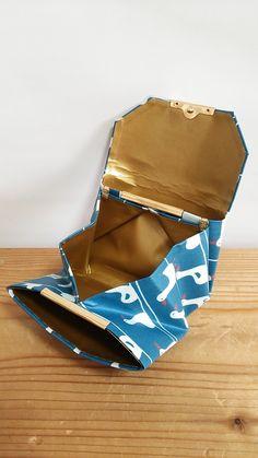 ラミネートの小さなお財布☆ダック(ブルー) | ハンドメイドマーケット minne Minne, Leather Bag, Material, Handmade Leather, Sewing, Pouches, Origami, Cute, Wallets