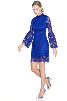 Vestido corto de encaje en color azul . #vestidos #vestidoscortos #felipealbernaz#nochevieja