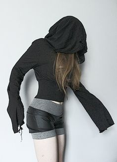 Image of Hooded Top with Wide Sleeves (1) - S/M