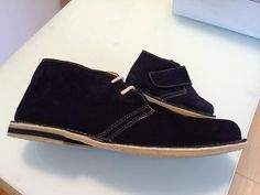 Different sizes. Desert boots by autenticasbotas.com