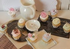 Miniture Dolls House Cupcakes <3