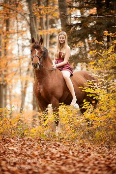 My favorite day ... riding in the fall leaves <3 love love love