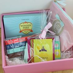 At long last, the July 2015 Etude House Pink Bird Box: Play 101 pencil swatches, post office weirdness