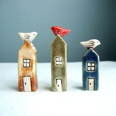 Small clay houses with birds watercolor Amber Alexander love polymer clay flowers Bird? Clay Houses, Ceramic Houses, Ceramic Birds, Ceramic Clay, Ceramic Pottery, Clay Birds, Art Houses, Miniature Houses, Ceramics Projects