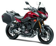 2015 Yamaha FJ-09 | FIRST RIDE | Motorcyclist