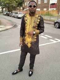 AMA black African Men's Kaftan Top with gold em broidery African Shirts, African Wear, African Attire, African Dress, African Style, African Fashion Designers, African Men Fashion, African Fashion Dresses, Dashiki For Men