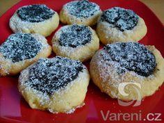 Fotografie receptu: Nekynuté šlehačkové koláčky - My site Czech Desserts, Biscuit Cookies, Christmas Sweets, Doughnut, Sweet Recipes, Biscuits, Cheesecake, Food And Drink, Homemade