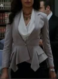 jessica pearson's  grey blazer took my breath away