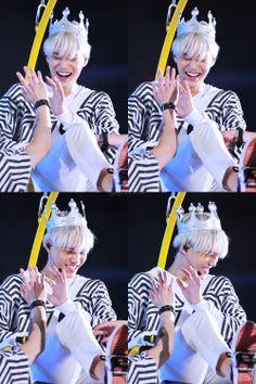 when you find out kai is going to have his own web drama: Chanyeol Baekhyun, Exo Kai, Rapper, Exo Concert, Dancing King, Kim Minseok, Meme Center, Kaisoo, Exo Members