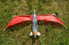 Foldable Winged Water Rocket: 9 Steps (with Pictures) Water Rocket, Diy Rocket, Sugar Rocket, Rocket Craft, Rockets For Kids, Science For Kids, Bushcraft, Experiment, Science Projects