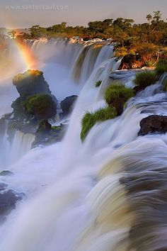 25 Adorable and Breathtaking Places Around the World - Iguazu Falls, Argentina – Brasil Mais Beautiful Waterfalls, Beautiful Landscapes, Famous Waterfalls, Places To Travel, Places To See, Places Around The World, Around The Worlds, Beautiful World, Beautiful Places