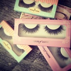 house of lashes, falsies Beauty Makeup, Eye Makeup, Hair Makeup, Makeup Stuff, Hair Beauty, Just Girly Things, All Things Beauty, Fake Lashes, Eyelashes