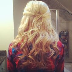 Hair for homecoming