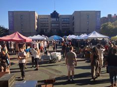 Brooklyn's most famous outdoor market is a great place to go on a normal Saturday or Sunday to unwind. Read more at https://www.ozmoving.com/blog/10-sensational-brooklyn-spots-relax-after-moving-day  (Photo via TJ Peterson)