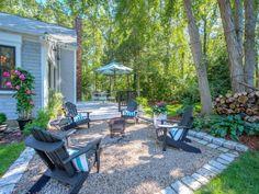 Ideas diy outdoor patio ideas budget backyard fire pits for 2019 Pea Gravel Patio, No Grass Backyard, Fire Pit Backyard, Backyard Landscaping, Landscaping Ideas, Backyard Kitchen, Desert Backyard, Sloped Backyard, Backyard Chickens