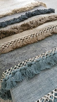 A (AI)dorable rugs! Love all the colours...