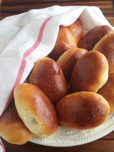 Очень вкусные, мягкие пирожки с яблочной начинкой. Опара: 150 мл молока 15 г сухих дрожжей 90 г муки Тесто: 300 мл молока 75 г...