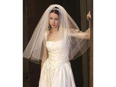 Peinado de novia con tiara / velo de novia / boda