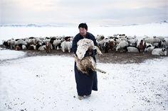 © Alessandro Grassani, Ulaan Baator, Mongolia      © Alessandro Grassani, Ulaan Baator, Mongolia