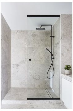 Small bathroom designs 827747606500028485 - Well, no doubt it is not possible to enlarge the space, but you can create an illusion of wider space through DIY bathroom decoration ideas. Source by cathyjhomedecor Bad Inspiration, Bathroom Inspiration, Bathroom Ideas, Bathroom Organization, Simple Bathroom, Minimal Bathroom, Bathroom Storage, Brown Bathroom, Bathroom Layout
