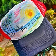 Gorras hechas con diseños personalizados y pintadas a mano muy buen producto y unico