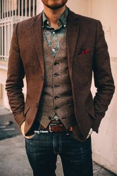 Business casual sounds like an oxymoron, right? Don't get caught up with the casual part, and show up wearing distressed jeans and sandals; view men's business casual as an opportunity to expand your style and use of color. Sharp Dressed Man, Well Dressed Men, Blazer Jeans, Brown Blazer, Tweed Blazer, Tweed Vest, Brown Vest, Wool Vest, Brown Tweed Suit