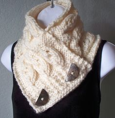 Cream Chunky Embossed Leaf Button Scarf PDF KNITTING PATTERN free worldwide delivery. $2.00, via Etsy.