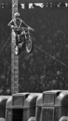 Evel Knievel in his unsuccessful bid to clear 13 buses at Wembley Stadium, London, England on May 26, 1975.