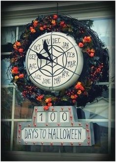 Christmas Blown Plastic Lollipop turned into Nightmare Before Christmas countdown clock. Nightmare Before Christmas Decorations, Nightmare Before Christmas Halloween, Disney Halloween, Halloween Christmas, Halloween Town, Happy Halloween, Halloween Decorations, Christmas Reath, Halloween Forum