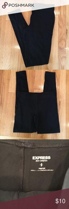 Express stretch leggings ⭐️Excellent condition. No fading. Express Pants Leggings