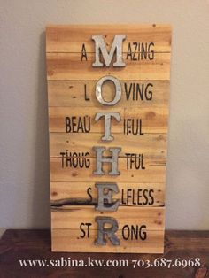 53 DIY Christmas Signs That You Will Actually Want To Get Crafty. 53 DIY Christmas Signs That You Will Actually Want To Get Crafty. If you print the very first page of every one of their completely free printable banners you are going to … Mothers Day Signs, Diy Mothers Day Gifts, Mothers Day Decor, Mothers Day Ideas, Mother Gifts, Diy Gifts For Mom, Mothersday Gift Ideas, Mothes Day Gifts, Mothers Day Baskets