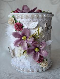 Welcome in: Then there was an embellished savings box again Aluminum Can Crafts, Tin Can Crafts, Diy Home Crafts, Metal Crafts, Jar Crafts, Arts And Crafts, Decoupage Jars, Painted Tin Cans, Pot A Crayon