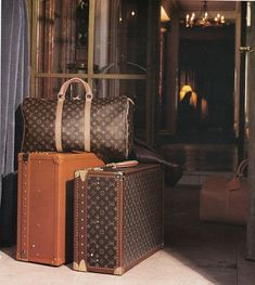 Louis Vuitton luggage is such an extravagant luxury!