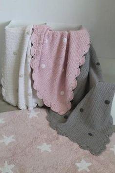 Mantas de Crochet de Lorena Canals hechas a mano.