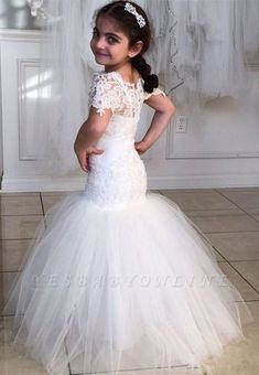 Cheap mermaid flower girl dress, Buy Quality flower girl dresses directly from China vestidos de comunion Suppliers: Wonderful Mermaid Flower Girls Dresses For Weddings Party Short Sleeves Lace Appliques Ruched Tulle Vestidos De Comunion 2016 Tulle Flower Girl, Princess Flower Girl Dresses, White Flower Girl Dresses, Wedding Flower Girl Dresses, Wedding Party Dresses, Bridesmaid Dresses, Dress Party, Prom Dress, Party Wedding