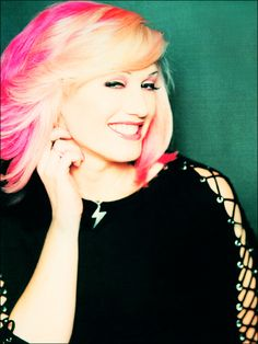 L2L Girl- Voters Choice: Gwen Stefani | Lashes to Lashes