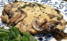 Pork Chops Alfredo (I think this would be good over rice) Lindas Low Carb Recipes, Pork Recipes, Cooking Recipes, Low Carb Meats, Alfredo Recipe, Alfredo Sauce, Atkins Recipes, Pork Dishes, Food Menu