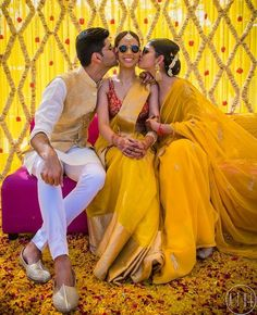 The perfect haldi photo! Super loving that floral wall for this wedding planned by Shot by Getting Wedding Card Design Indian, Indian Wedding Photos, Indian Wedding Decorations, Indian Wedding Outfits, Indian Weddings, Mehendi Photography, Wedding Photography Poses, Wedding Poses, Wedding Ideas