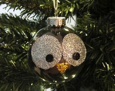 10 Christmas Ornaments You Can Make - Glitter Owl Christmas Ornament