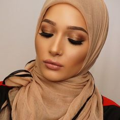 I posted this really simple smoky bronze get ready with me makeup tutorial ! Link in Description or  http://ift.tt/1R23X3X  #babylailalov #nuralailalov #contour#highlight#moroccan#youtube#makeup#hijab#hijabi by nuralailalov
