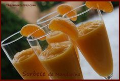 Sorbete de Mandarina THERMOMIX. Ver en Vel.Cuchara ༺✿ƬⱤღ✿༻ Sorbet Ice Cream, Yogurt Ice Cream, Eat Me Drink Me, Food And Drink, Fun Drinks, Fun Cocktails, Cooking Time, Cooking Recipes, Thermomix Desserts