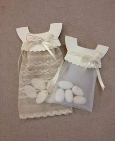 Would be cute favors for a baby girl shower Baptism Favors, Baby Shower Favors, Shower Gifts, Baby Shower Decorations, Baptism Party, Shower Bebe, Girl Shower, Diy And Crafts, Paper Crafts