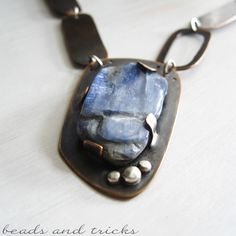 The blue thoughtfully Kyanite | Handmade by Beads and Tricks