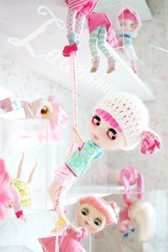 The Great Blythe Escape by launshae, via Flickr